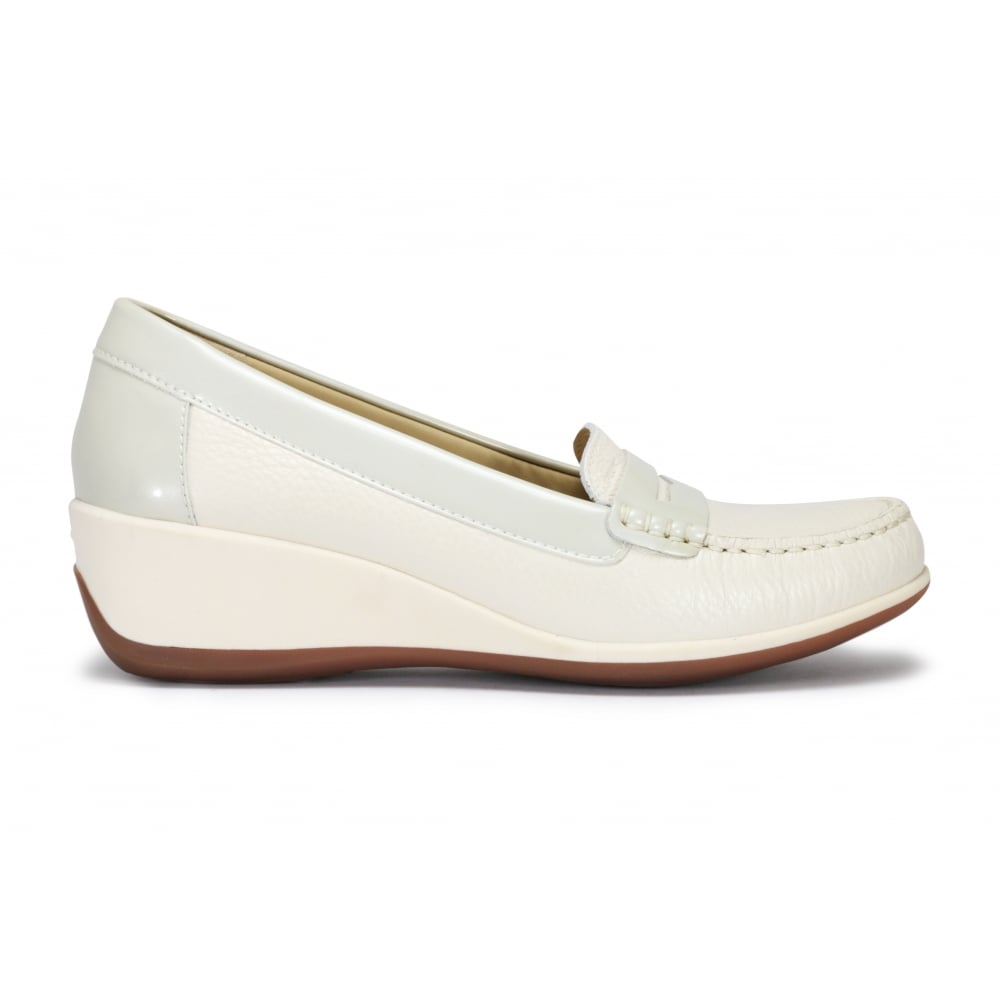 62d1471d50 GEOX D ARETHEA Off White Moccasin Slip On Shoe